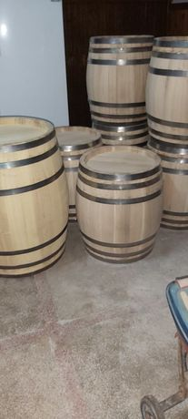 Butoaie lemn de dud