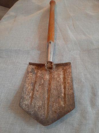 Продам сапёрную лопату