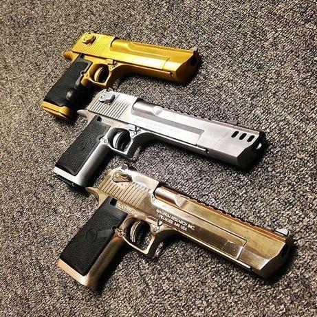 Pistol UNICAT# Airsoft # Desert Eagle SILVER/GOLD Co2/4,4j