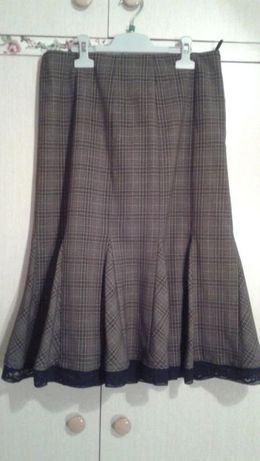 Пола от кариран плат