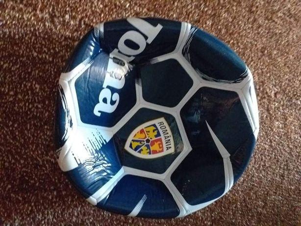 Minge fotbalul  Joma