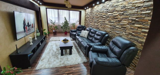 Apartament 4 camere zona Corina