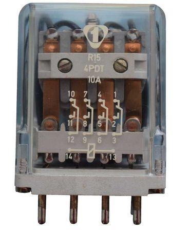 реле със захранване 12V DC