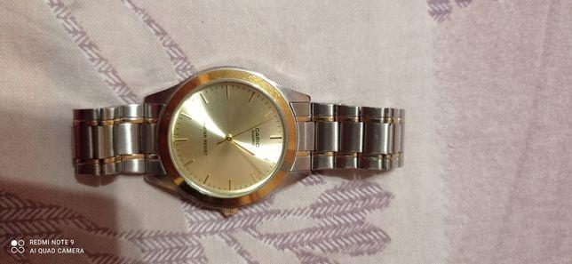 Часы Casio продам