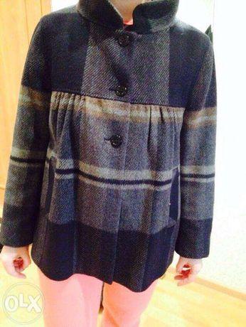 продам пальто-разлетайку для беременных