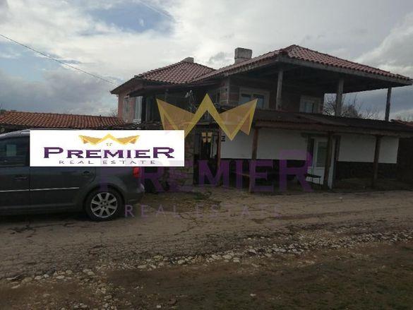 Къща в Варна, област-с.Градинарово площ 200 цена 45000