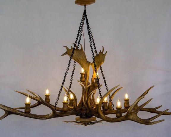 Ръчно изработени полилеи и лампиони от еленови рога!
