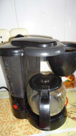 Продаю кофемашину  Maxwell электрическую