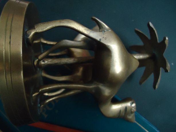 Статуэтка тяжелая Бронза ( латунь ) около 1,5 кг Два верблюда под паль