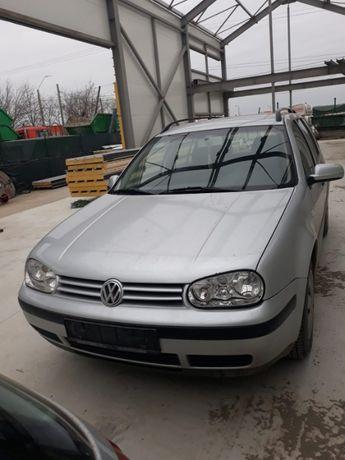 Dezmembrez Volkswagen Golf 1.4
