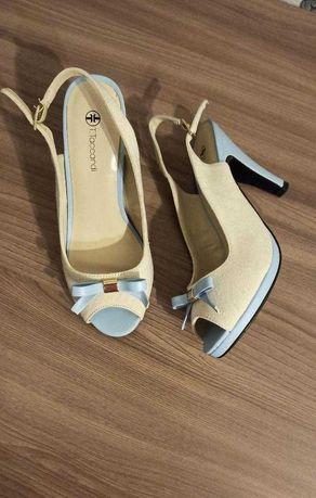 Срочно продам женскую обувь (туфли)