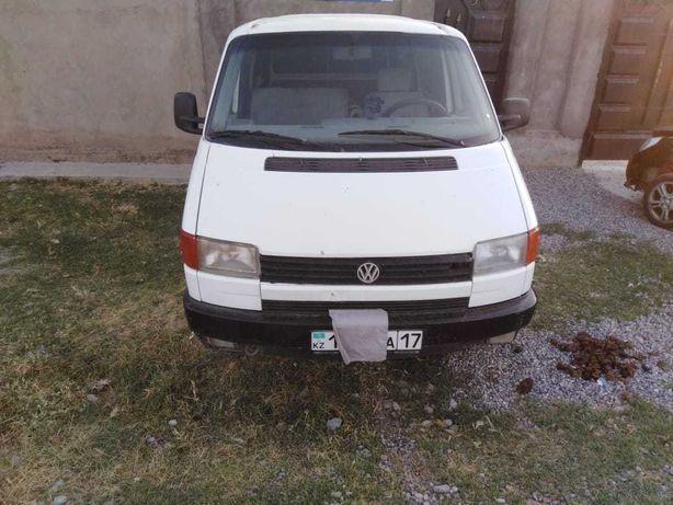 Volkswagen T4 Бусик