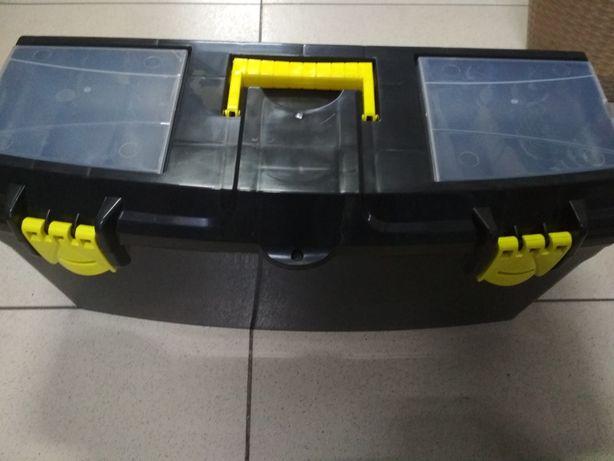 Ящик для хозяйственных инструментов