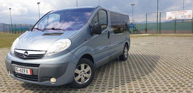 Opel Vivaro 2013