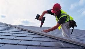 Meseriasi montaj acoperis si reparatii sisteme acoperis