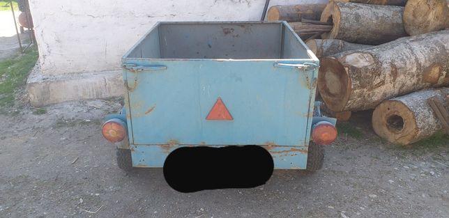 Remorcuta auto inmatriculata