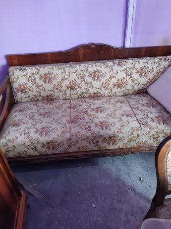 Vând mobila veche living