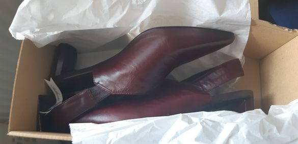 Нови дамски обувки Mango 38номер