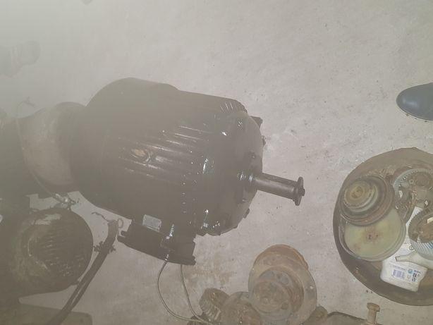 Motor electric45kw/3000rpm, 11 KW/3000rpm,15kw/1500rpm,11kw/1500rpm
