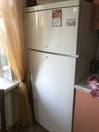 Продам холодильник Bosh