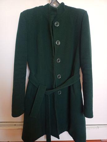 Пальто тёмный зелёный