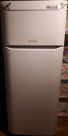Холодильник Ariston MTAA 4511 V