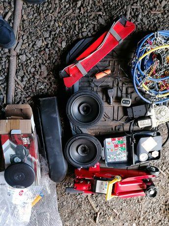 разни инструменти и аксесоари