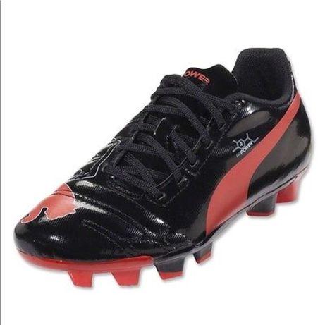 нови н.46 футболни обувки