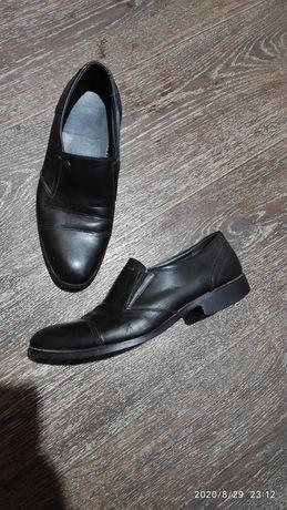 Мужские ботинки туфли 39 размер натуральная кожа