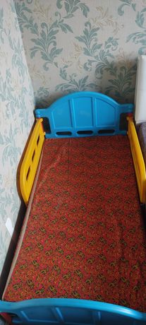 Детская кровать на 2-7 лет