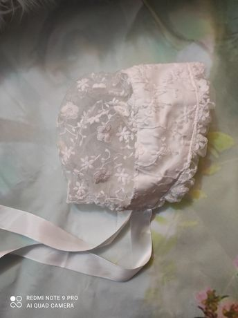 Căciulita dantela brodata botez ședința foto