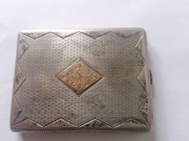 Tabachera argint și aur 22k masiv veche