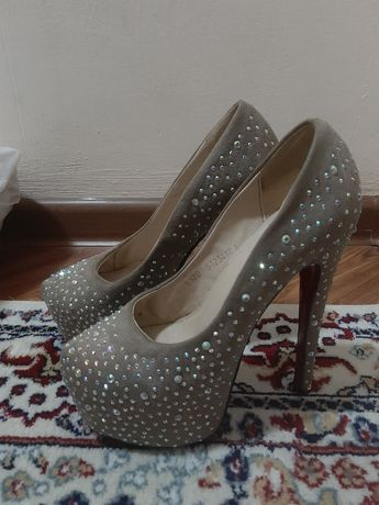 Женская обувь 36р