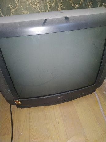 Продам телевизор LG 51 диоганал