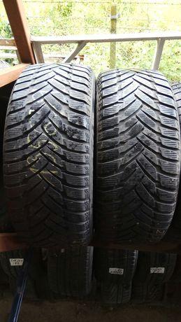 Vând 2anvelope Dunlop 235/45/18 M+S