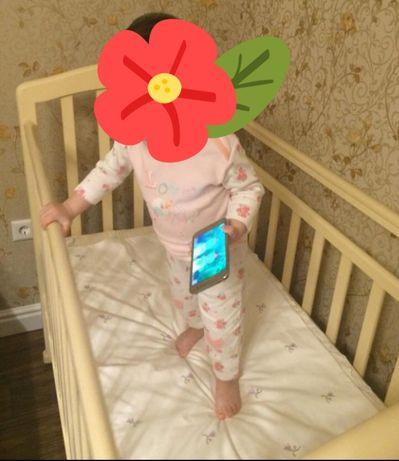 Продам кровать для малыша