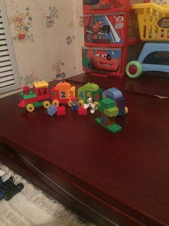 Lego паравозик «весёлый счёт»