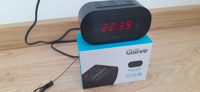 Vând Radio cu ceas Qilive EVO cu 10 posturi presetate si alarma duala