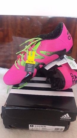 Футболни обувки (бутонки)Адидас
