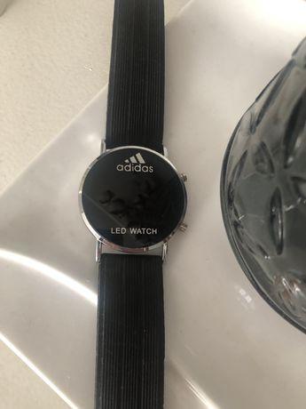 Часы унисекс Adidas