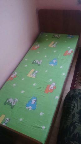 детский кровать в отличном состоянии