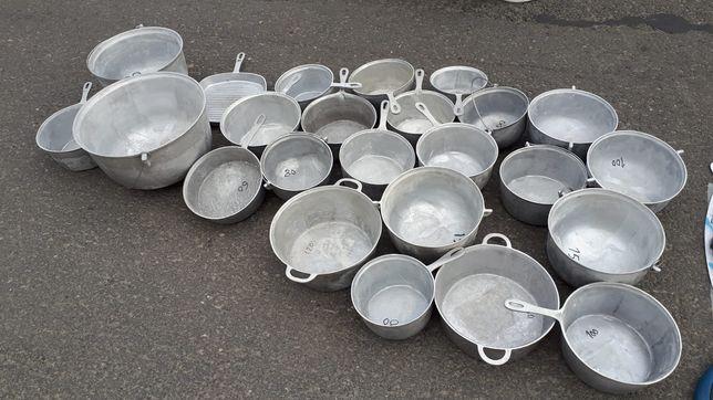 Vând Ceaune diferite mărimi