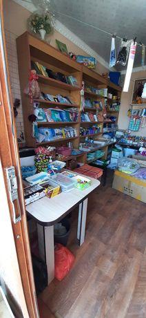 Сдаётся бутик с концтоваром возле школы  город Шымкент