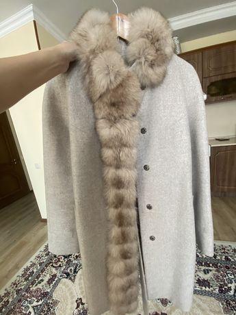 Продам пальто зима-осень