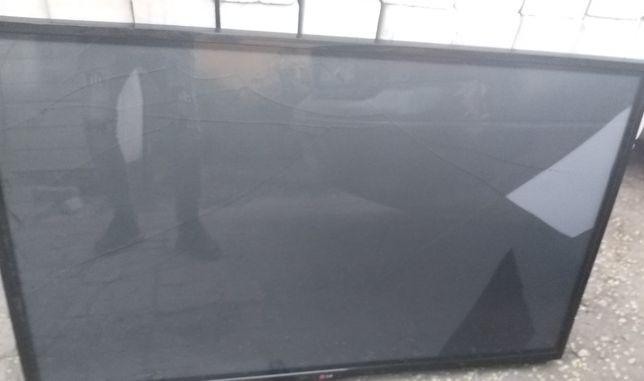 Плазма 127 см LG 2014 год,треснул экран,тв рабочий,можно на з/ч