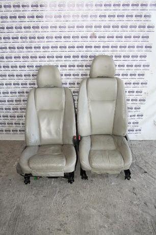 Scaune fata / sofer si pasager pe crem/negru Volvo XC90, 2003-2014