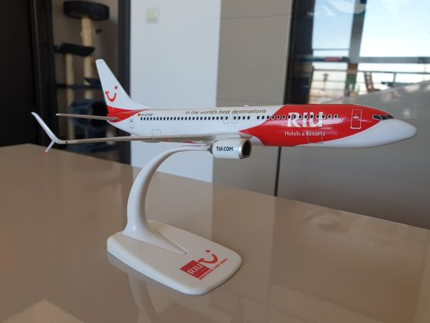 Macheta Boeing B737-800 TUI, Riu hotels & resorts