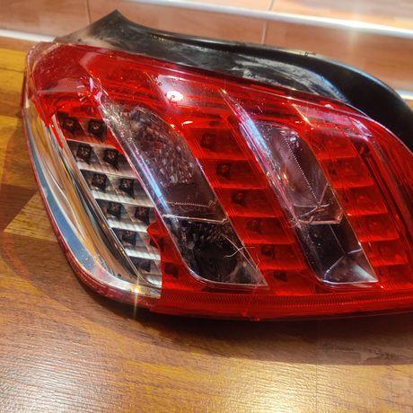 Stop Peugeot 508 stânga sticla spartă