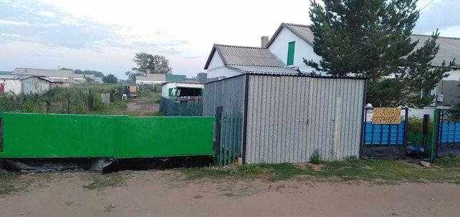 Дом с большой территорией в с. Новомарковка