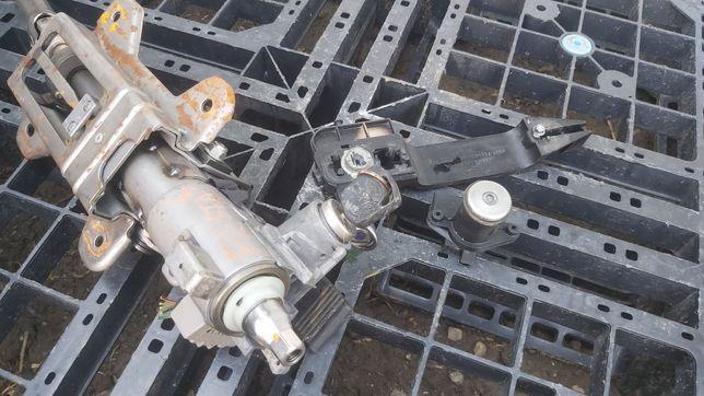 Contact cu cheie- Butuc usa / portbagaj Ford Fiesta mk5 2002 2008